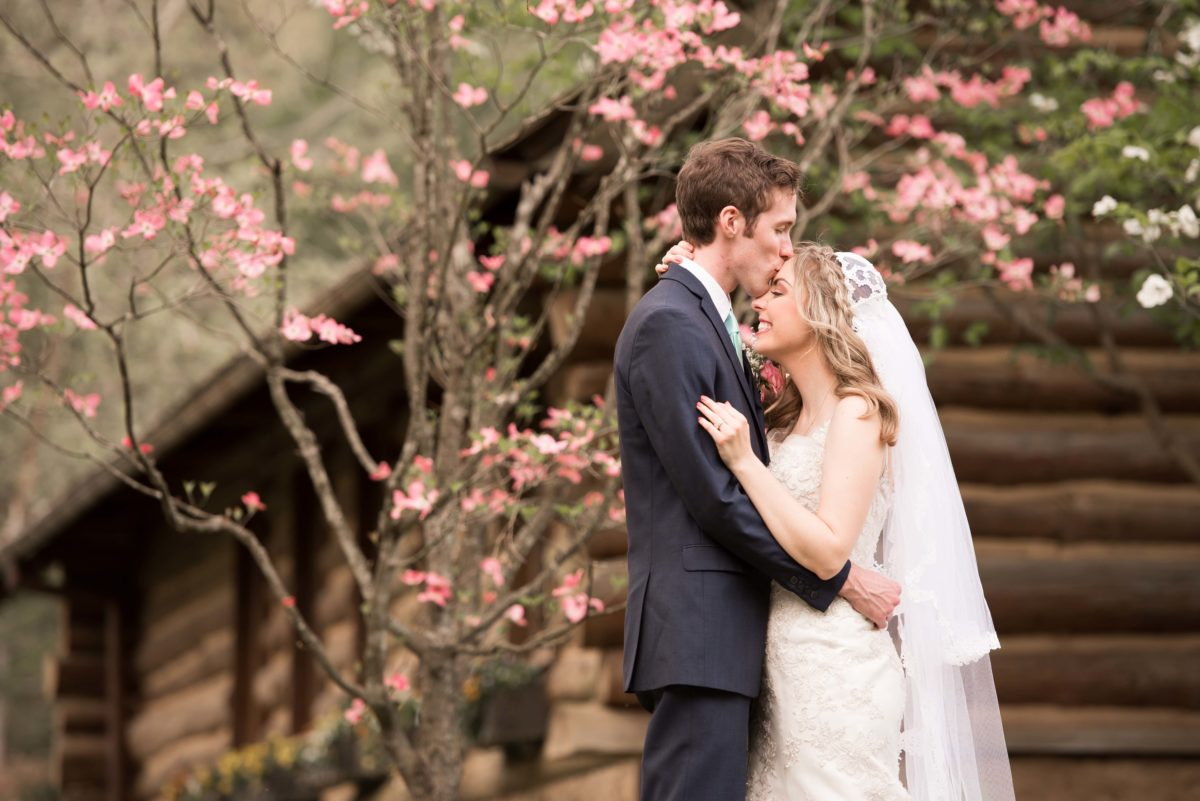 Dogwood Canyon Wedding – April 15, 2017